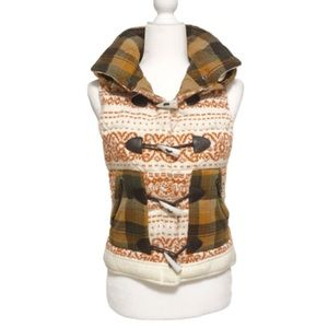 Double zero plaid and printed woven hooded vest